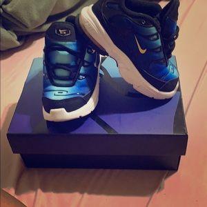 Little air max plus shoes
